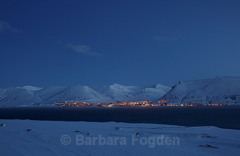 Longyearbyen 3267 - Colours of Svalbard