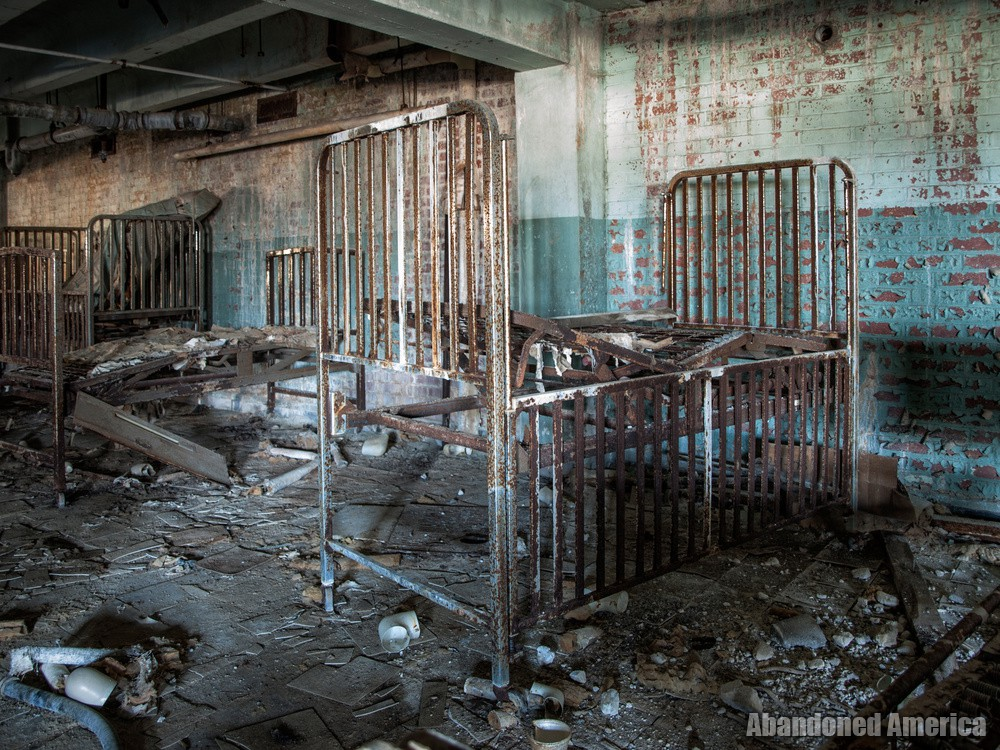 Forest Haven (Laurel, MD) | Decaying Cribs - Forest Haven