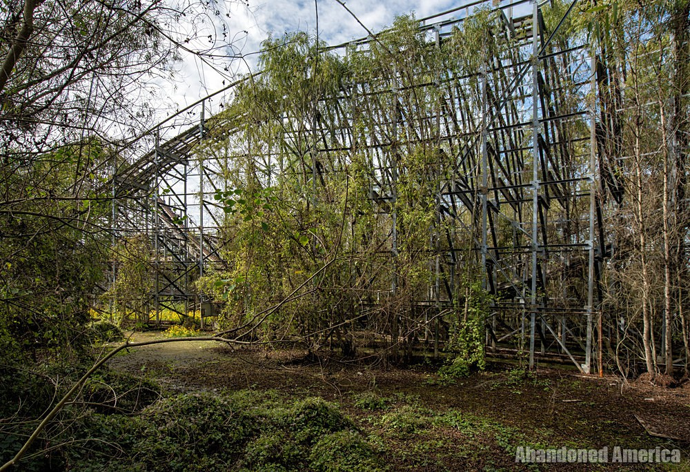 Six Flags (New Orleans, LA) | Alligator Country - Six Flags New Orleans