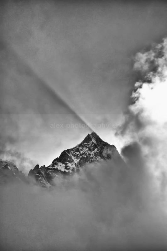 Ama Dablam 6856m from Cho La Pass - Landscape & Seascape