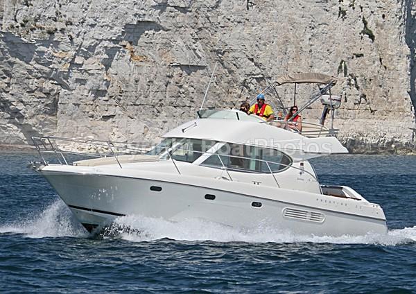 100626 JEANNEAU PRESTIGE 32 IMG_8002 - Flybridge Cruisers
