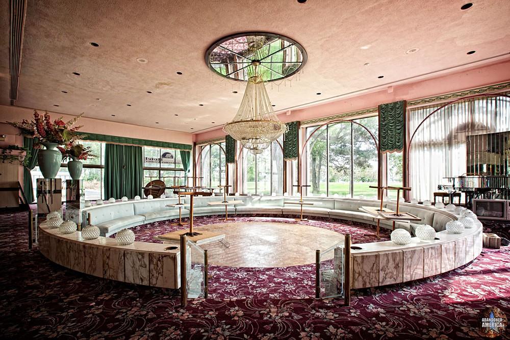 The Circle, Fallside Hotel (Niagara Falls, NY)   Abandoned America