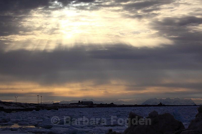 Longyearbyen 7212 - The daylight returns