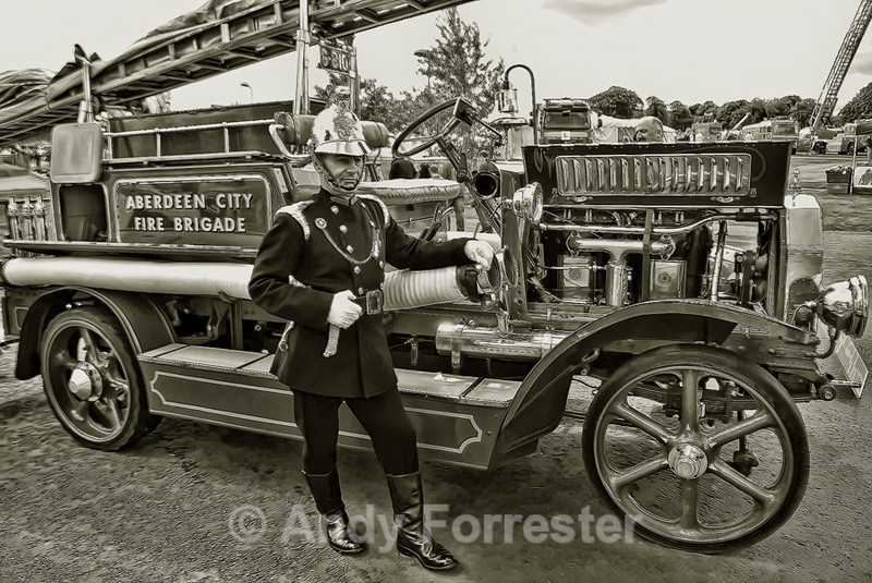Vintage Fire Engine - Black and White