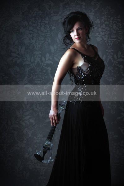 IMG_4858aGrain_Bkgrd - Fine Art Portraiture ~ Alison Sparrow