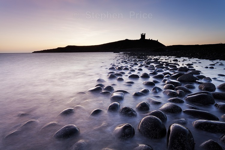 Sunrise over Dunstanburgh Castle | Northumberland Coast
