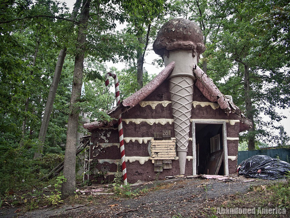 Enchaned Forest (Ellicott City, MD) | Gingerbread House - The Enchanted Forest