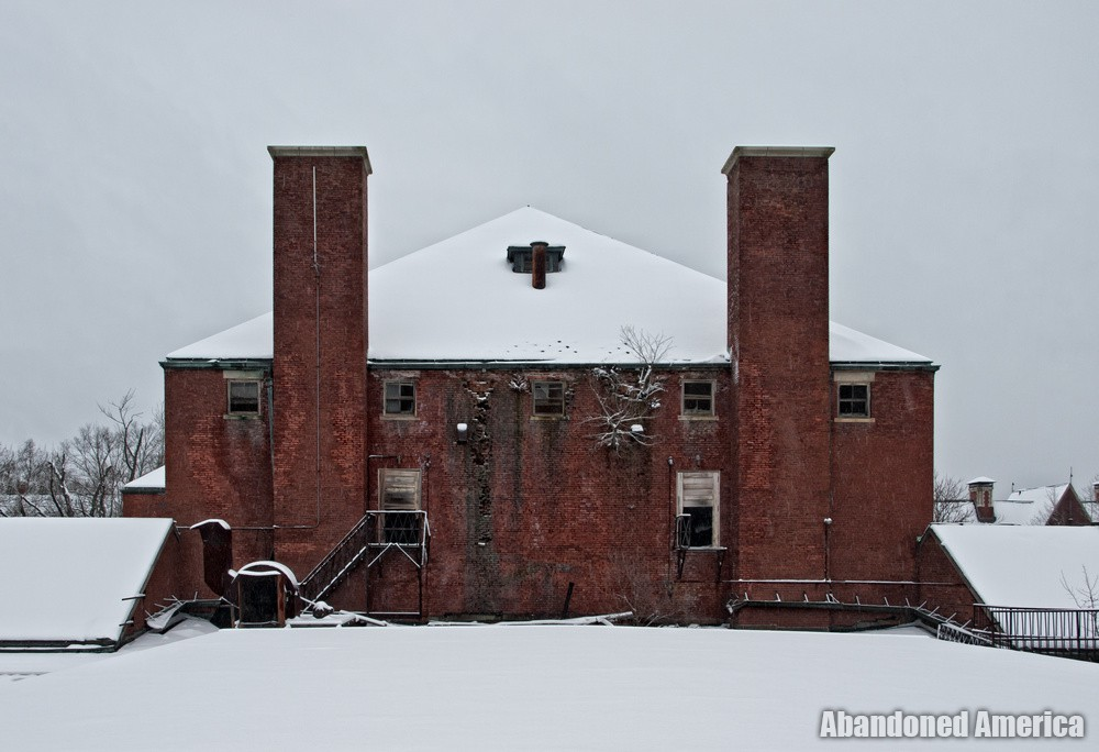 Snowy Rooftop | Norwich State Hospital