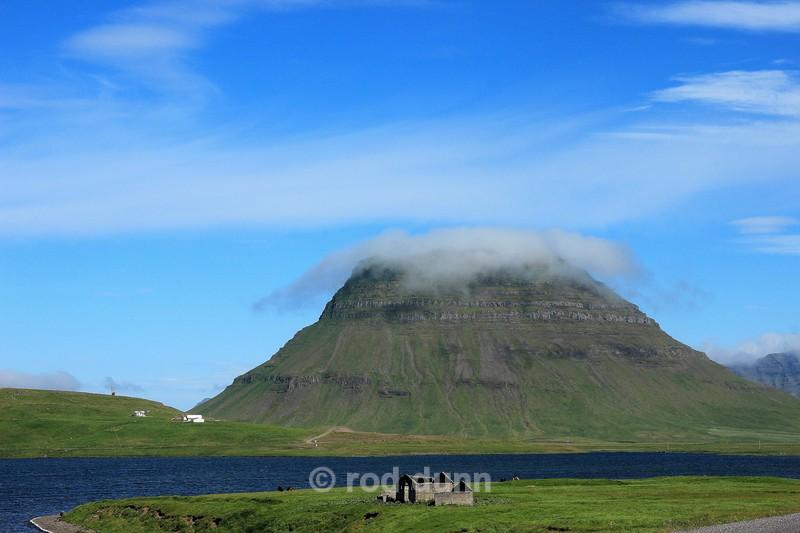 Kirkjufell and cloud - Iceland