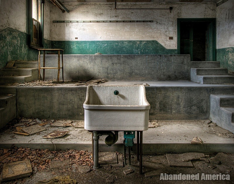 Ellis Island Communicable Disease Hospital | Abandoned America