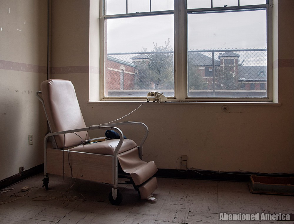 Overbrook Asylum (Cedar Grove, NJ) | Recliner - The Essex County Hospital Center