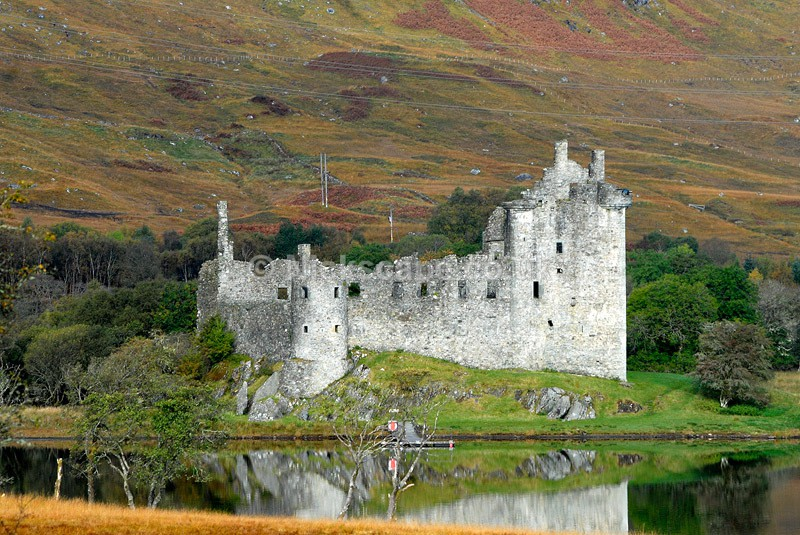 Kilchurn Castle - Scottish Highlands - Scotland