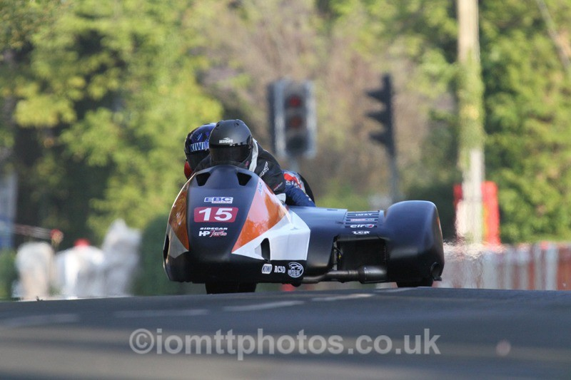 IMG_5477 - Thursday Practice - TT 2013 Side Car