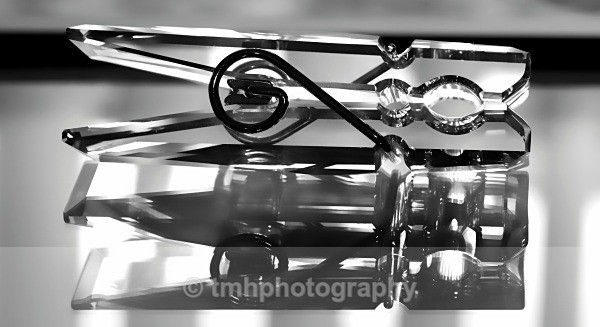 Crystal Peg. - Monochrome Photograph's