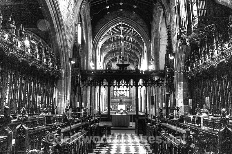 Newcastle Cathedral nave bw HDR reduced - High Dynamic Range pictures