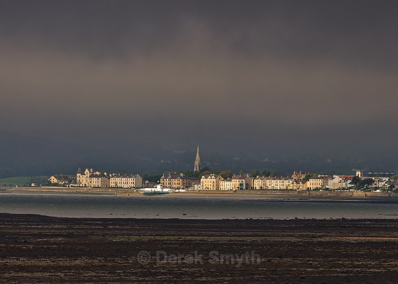 Warrenpoint Shines Out Of The Gloom