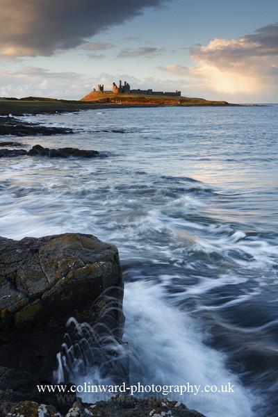Dunstanburgh Castle. Ref 2506 - Northumberland