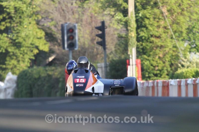 IMG_5473 - Thursday Practice - TT 2013 Side Car