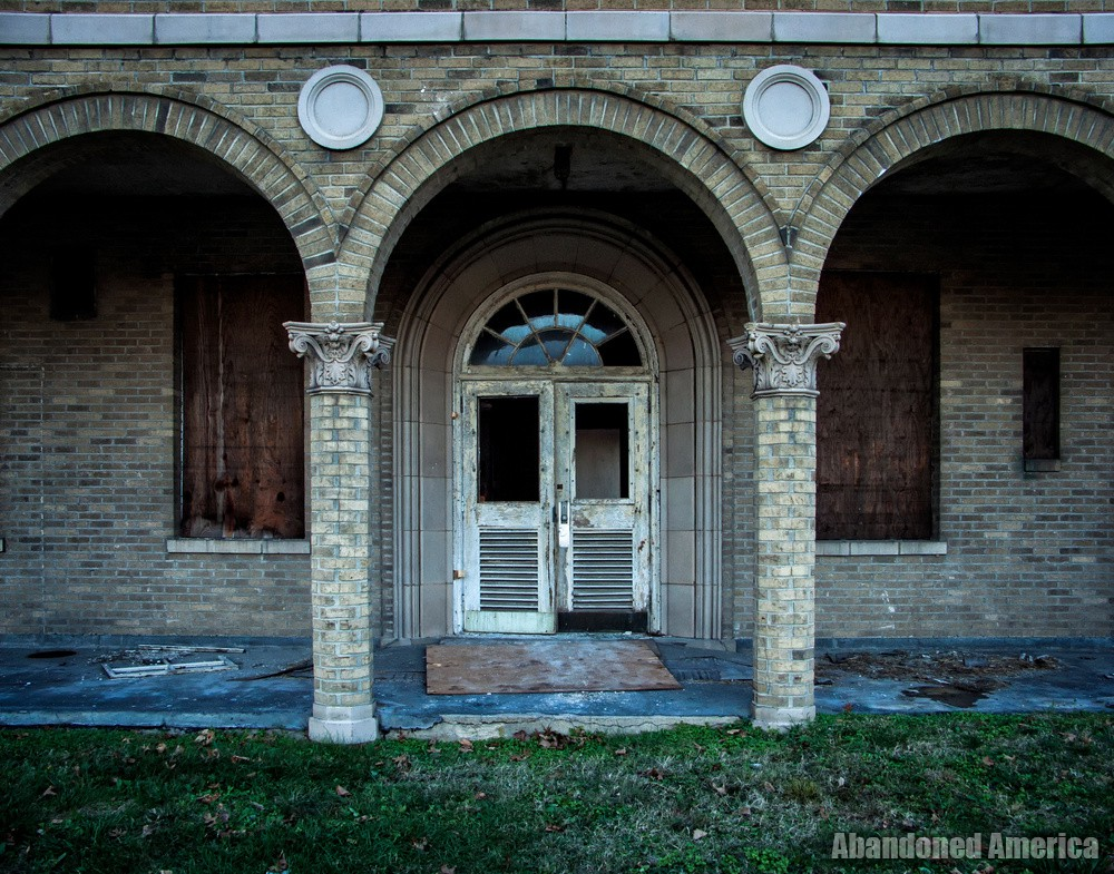 Sydenham/Montebello Hospital | the lurking principle of death - Sydenham/Montebello Hospital