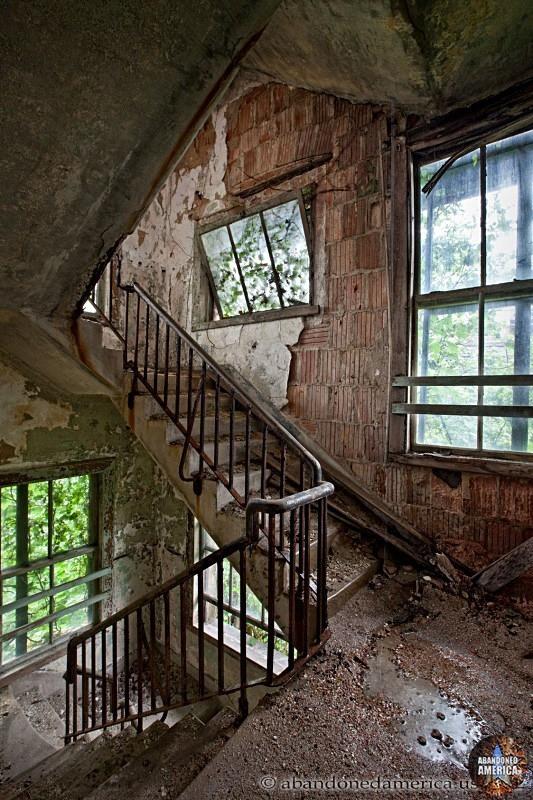 Ocean Vista Hospital*   Abandoned America