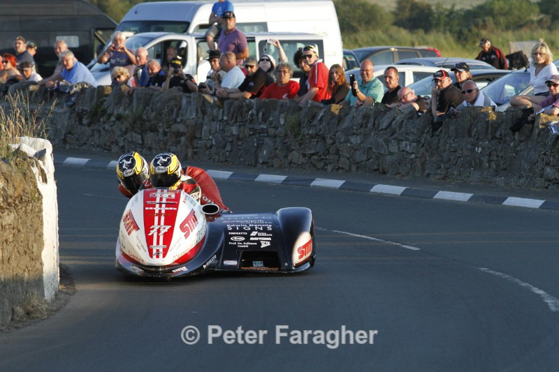 Tim Reeves and Dan Sayle - Southern 100 Road Races
