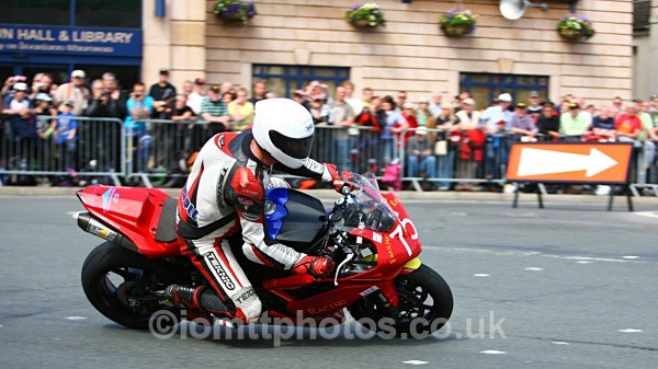 - Superstock Race - TT 2010