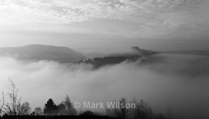 Misty morning over Llyn Clywedog - Land and seascapes