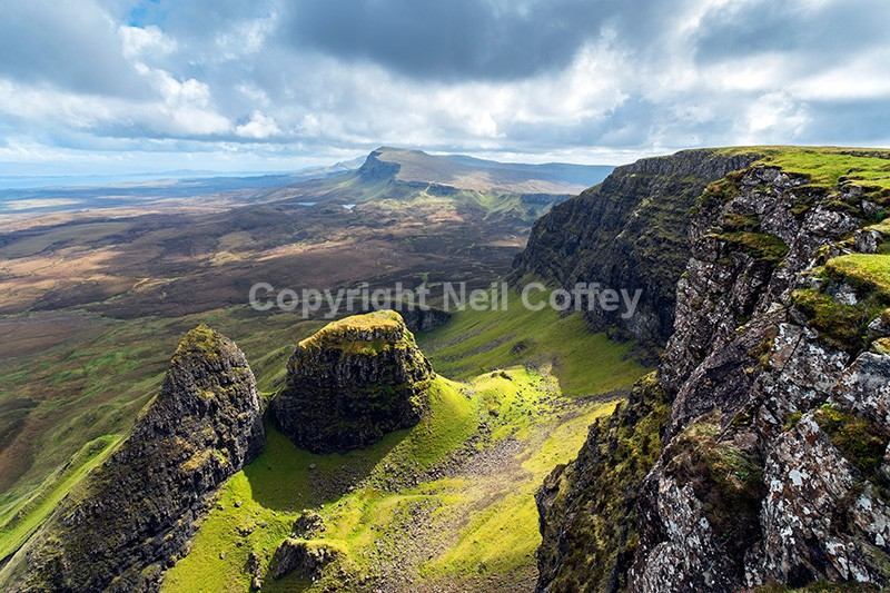 Dun Dubh and Beinn Edra, The Quiraing, Trotternish, Isle of Skye - Landscape format