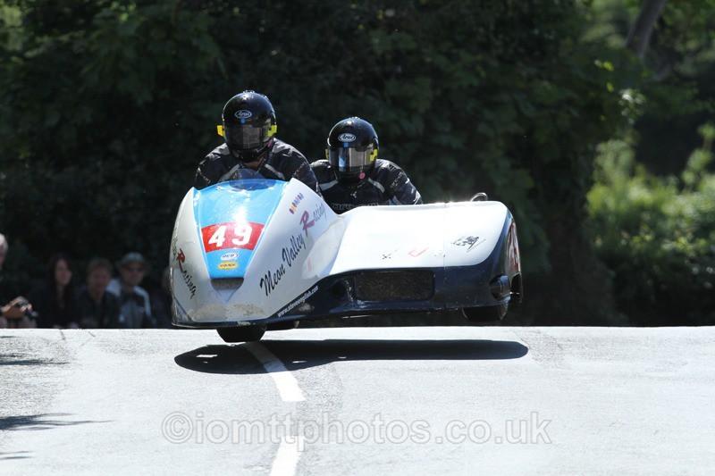 IMG_2394 - Sidecar Race 2 - TT 2013
