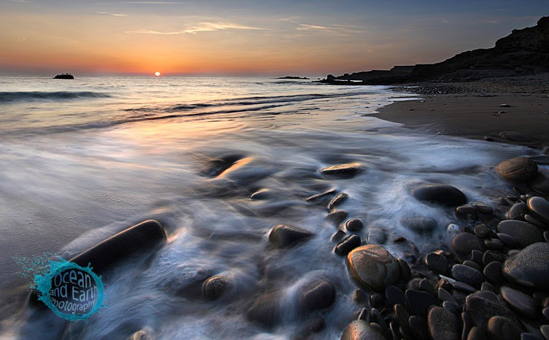 Middle Beach Sunset - Seascapes