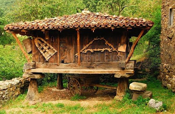 Picos Barn - Picos de Europa, Spain