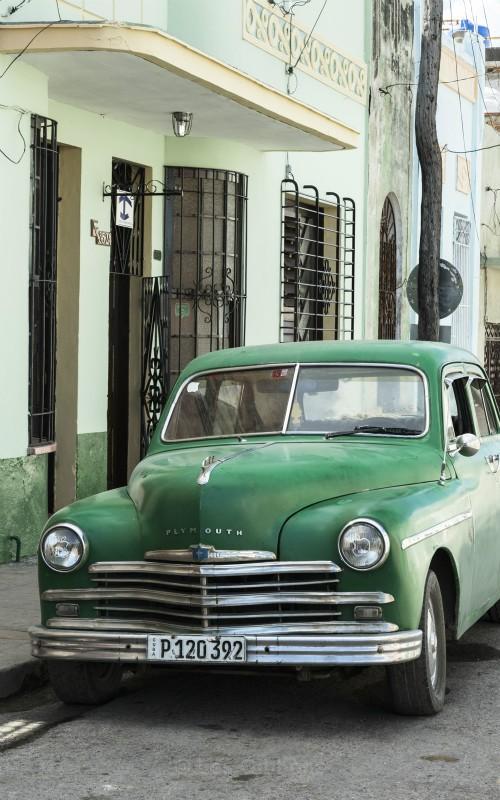 Green Plymouth - Cuba