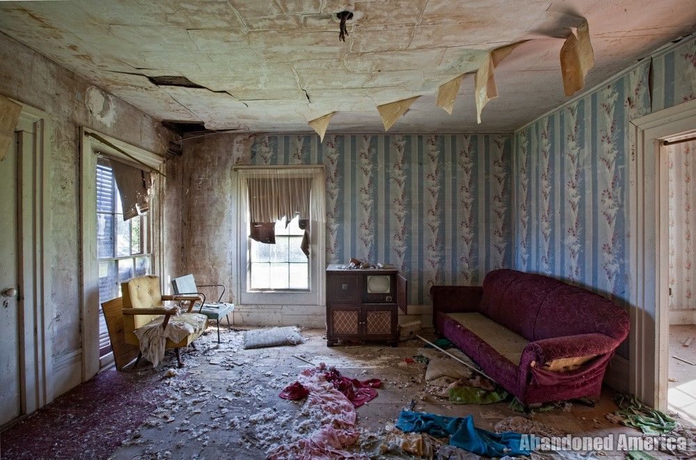 Abandoned house - Matthew Christopher's Abandoned America