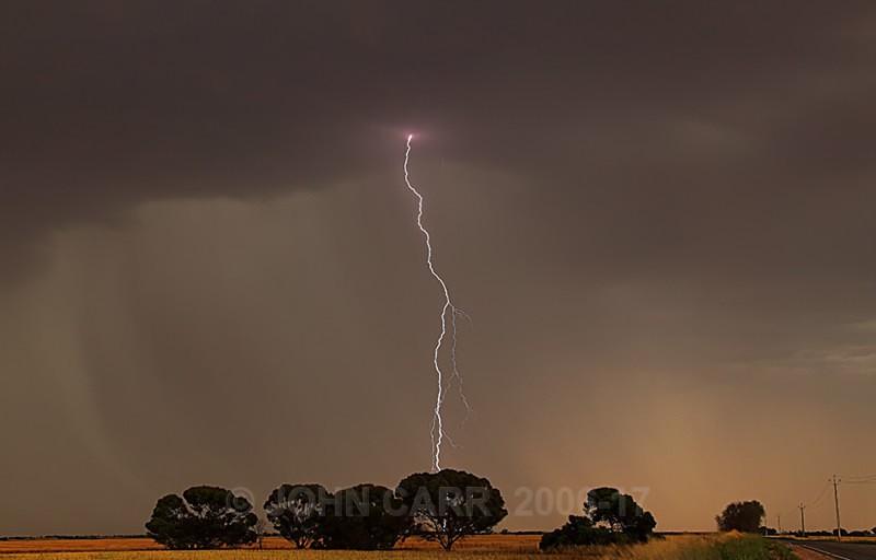 Centre Strike-2397 - LIGHTNING STORMS IN SOUTH AUSTRALIA 5th NOV 2012