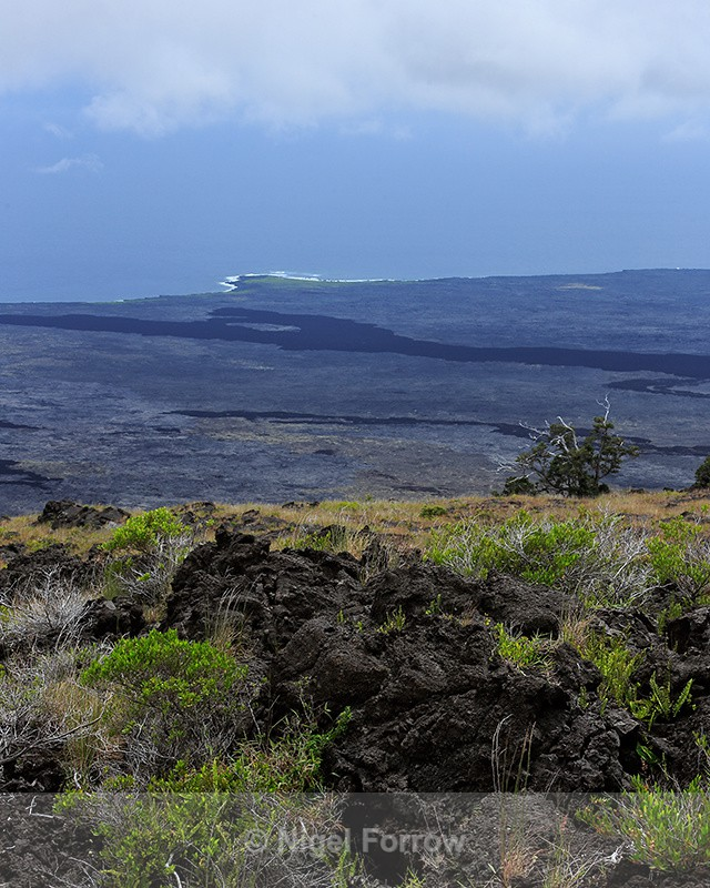 View from Kealakomo over huge lava field towards Apua Point, Hawaii - Hawaiian Islands, USA