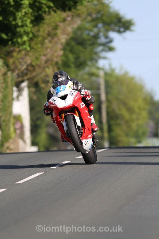 IMG_4337 - Thursday Practice  TT 2013