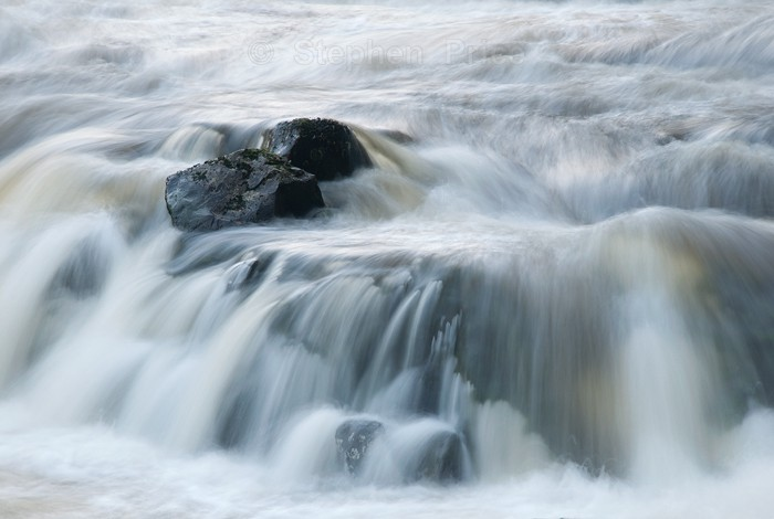 Boulder in Waterfall | Movement of Water in Photography