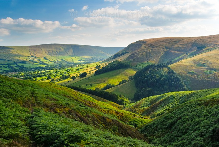 Edale Valley | Walking Up To Kinder Scout | Peak District