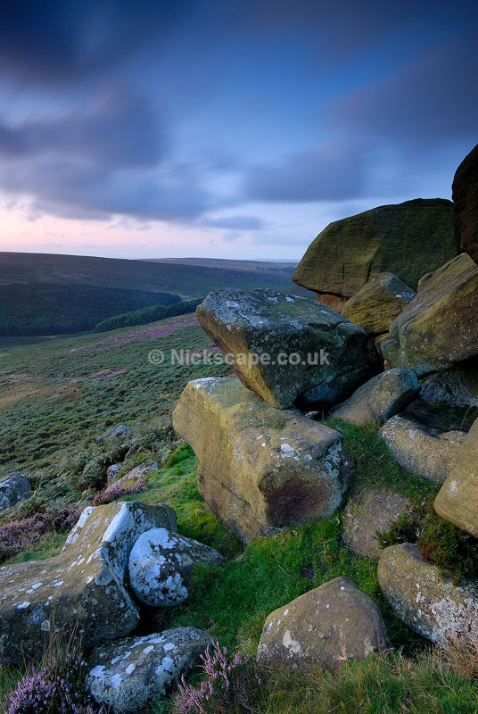Dawn glow over the Burbage Valley from Higger Tor | Colourful Peak District Landscapes