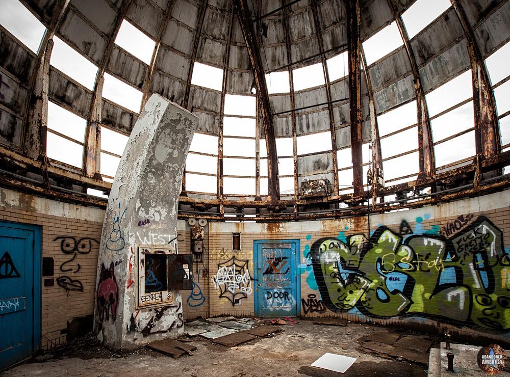 Warner Swasey Observatory (Cleveland, OH) | Missing Panels - The Warner and Swasey Observatory
