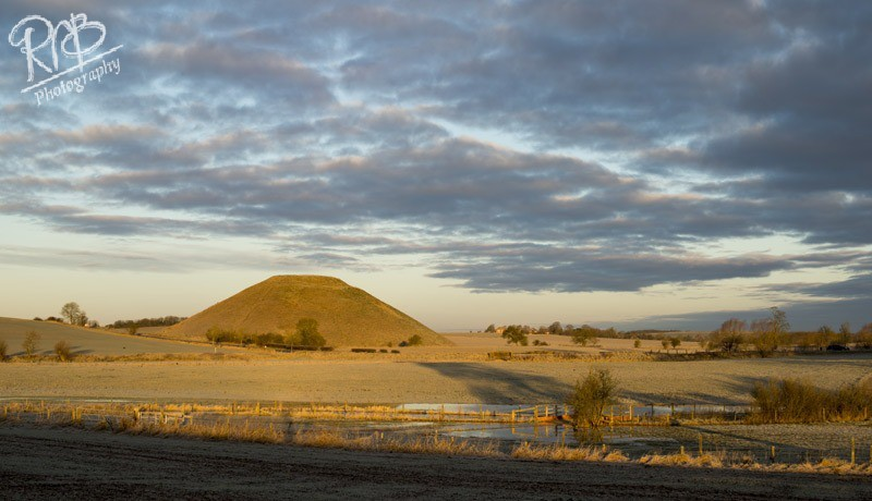 Silbury Morning - Wiltshire & West Country Landscapes
