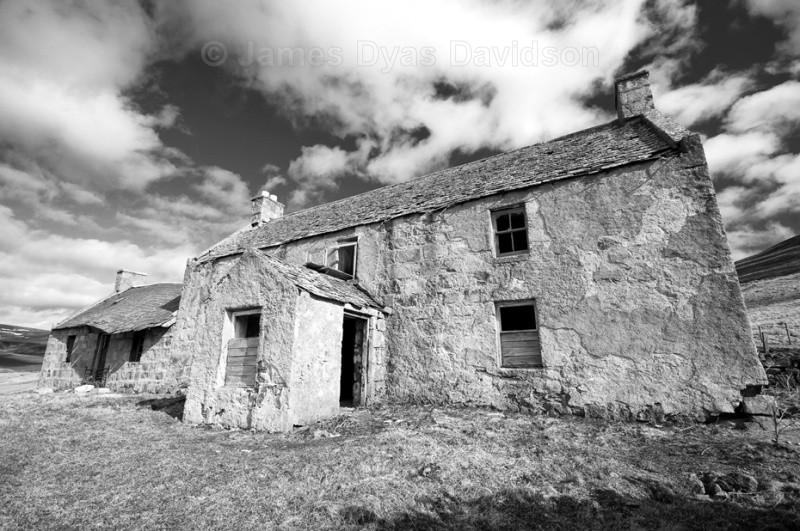 Tullochmacarrick Farmhouse b-w - Glen Gairn