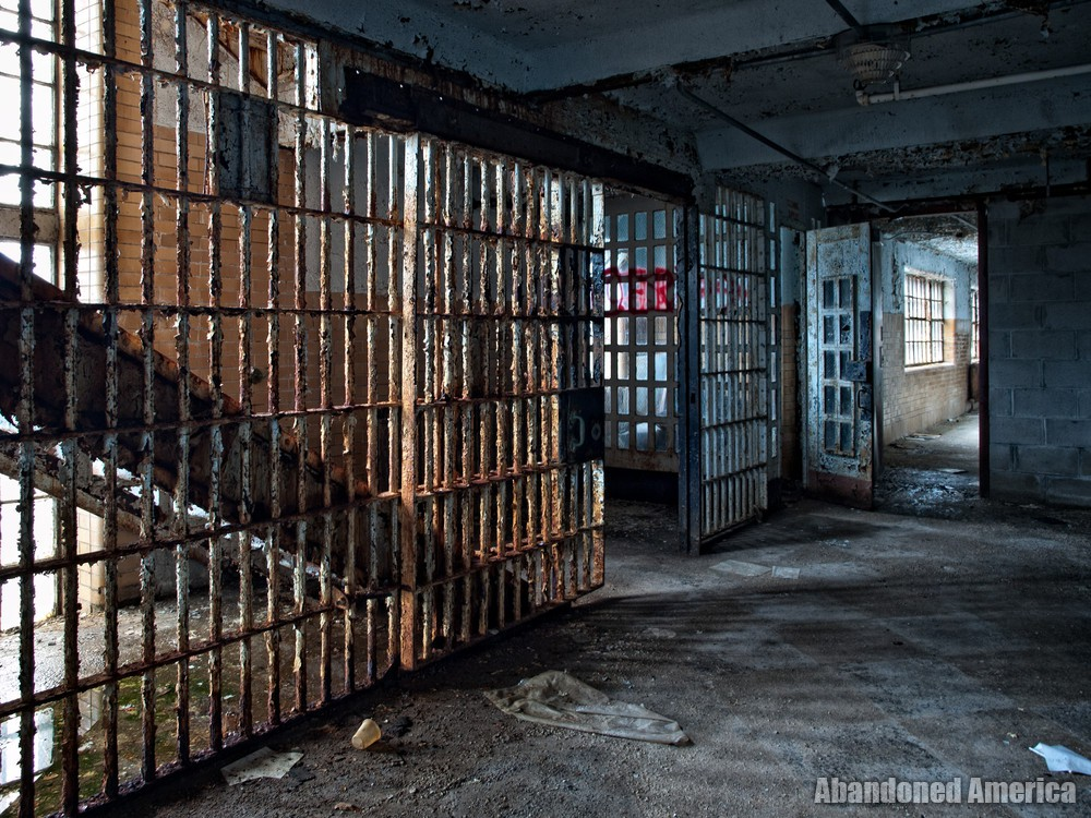 Essex County Jail Annex (Caldwell, NJ)   Out of the Blue - Essex County Jail Annex