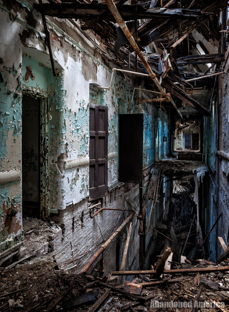 'Very Odd Indeed', Algonquin River State Hospital | Abandoned America