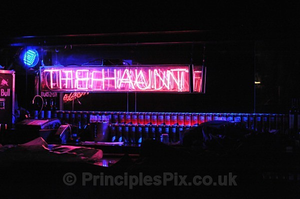 The Neon Haunt - John Foxx & The Maths