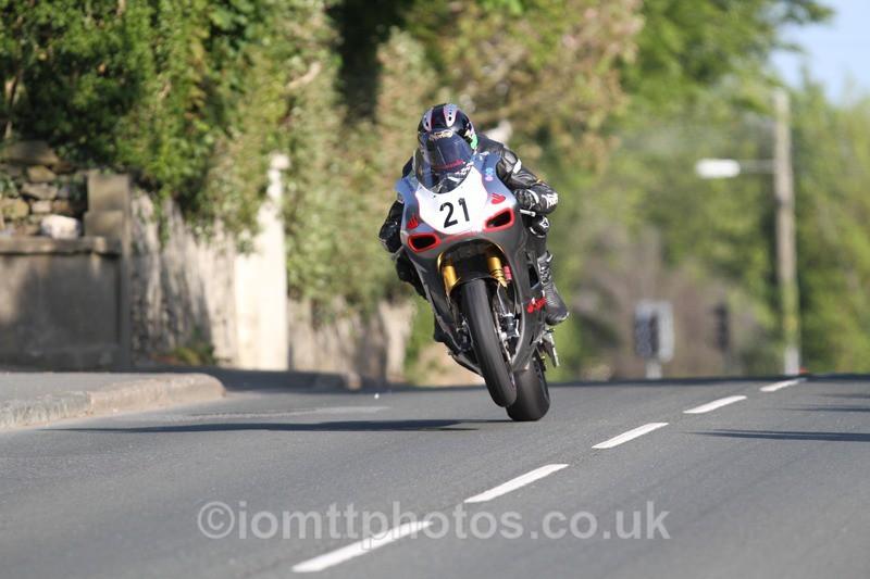 IMG_4304 - Thursday Practice  TT 2013