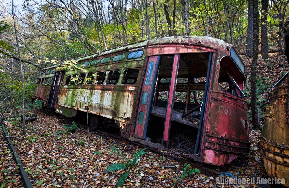 Miscellanious Machinery - Photographs by Matthew Christopher Murray of Abandoned America