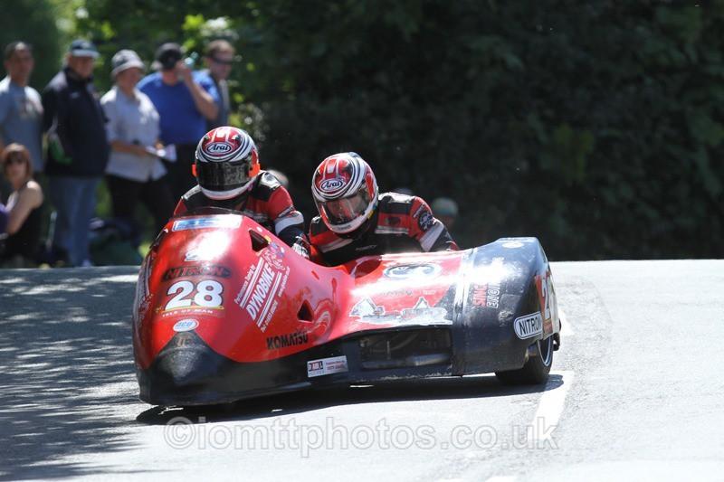 IMG_2386 - Sidecar Race 2 - TT 2013