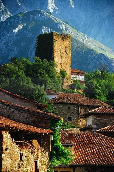 Mogrevejo Tower - Picos de Europa, Spain