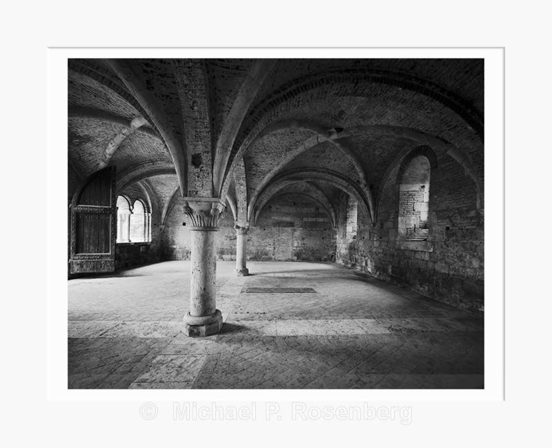 Storage Vault, Ruins San Galgano Monastary Italy (5614) - Italy
